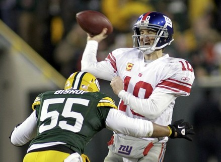 Bishop going in for a hit on Eli Manning.