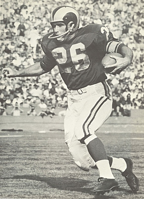 "An all purpose threat for the Los Angeles Rams and later the Chicago Bears, Arnett was a 5 time Pro Bowler. Worthy of the Pro Football Hall of Fame, Arnett has been a friend to Taylor Blitz Times since it's inception. I call him ""Captain Cutback"" and he was right behind Frank Gifford in the lineage of great USC tailbacks."