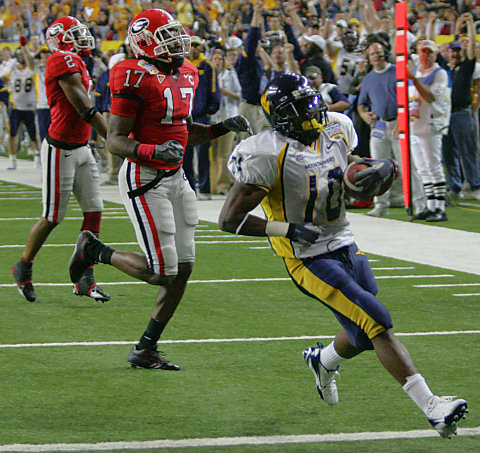 Steve Slaton killed Georgia with 202 yards and 3 touchdowns.