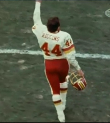 John Riggins curtain call after the '82 playoff win over Minnesota.